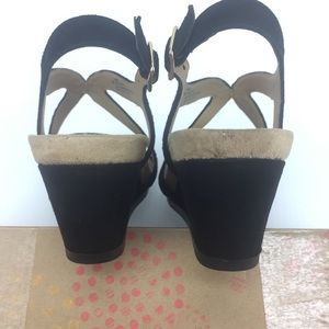 3a6fcd1bbee2 Eurosoft Shoes - Eurosoft Vianca Womens 6 Black wedge Suede Sandals